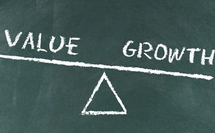 Акции роста и стоимости. Что выгоднее?